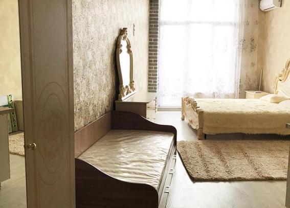 140м.,.3 спальни, 6 человек