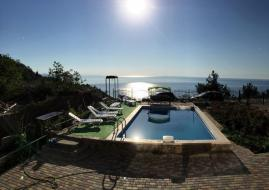 Лукоморье - Крым  Алушта гостиница Лукоморье   с бассейном