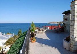 Глициния - Крым отель Феодосия  первая береговая линия