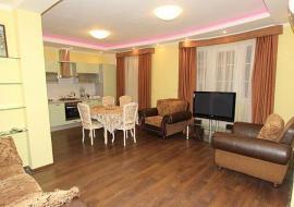 Снять квартиру в  Ялте  - Крым аренда посуточно   Двухкомнатная квартира  в Ялте