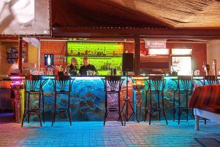 Фото  кафе Эрмитаж  Алушта